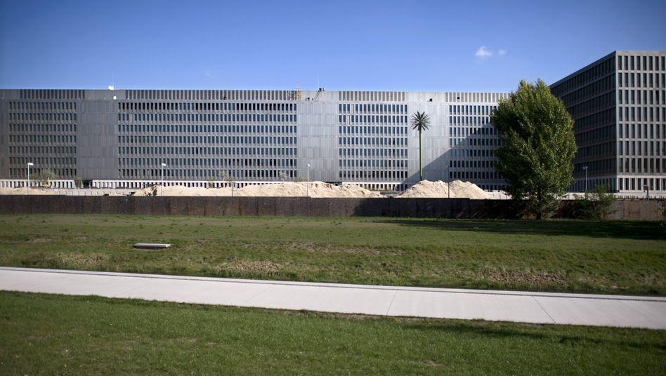 Neue BND-Zentrale in Berlin: Allerlei teure Bäume aus Holz und Metall