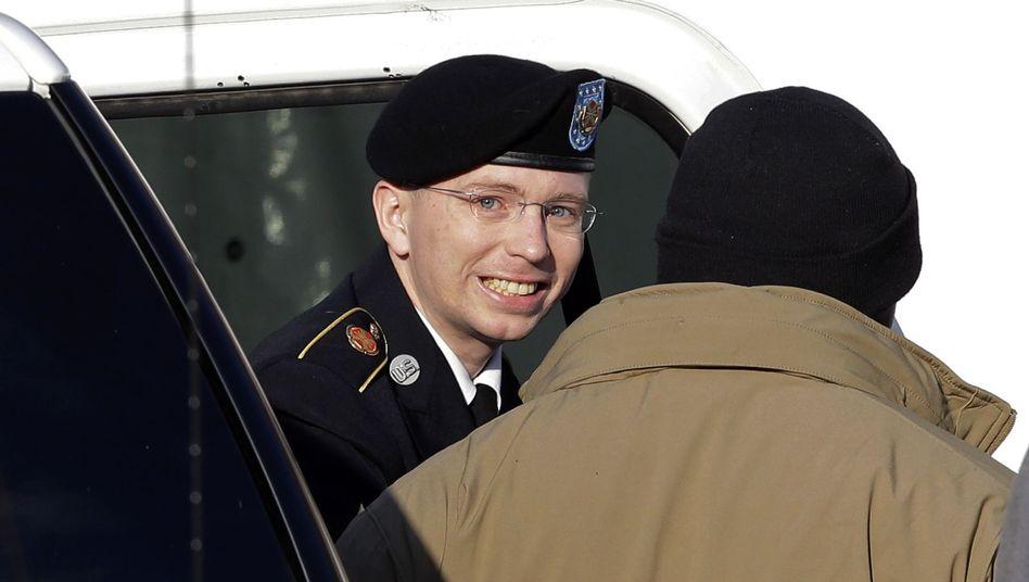 Manning auf dem Weg zu seiner Anhörung: Ihm droht lebenslange Haft