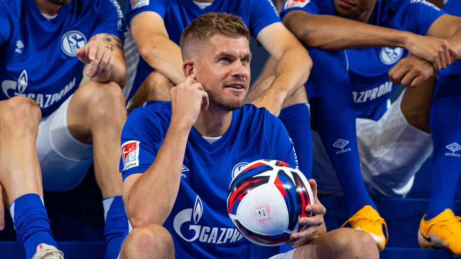 Simon Terodde soll Schalke 04 in die Bundesliga führen
