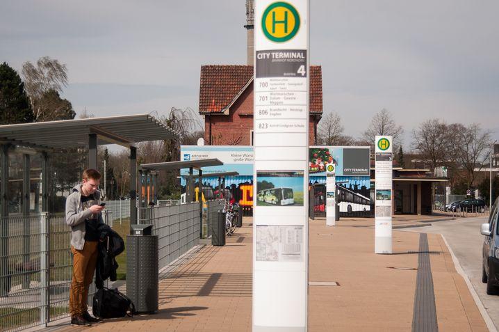 Noch lässt sich Nordhorn nur mit dem Bus erreichen - für viele Pendler ist das unattraktiv