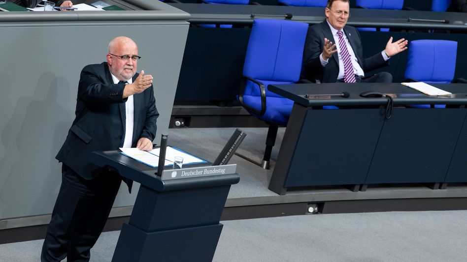 Jürgen Pohl (AfD) und Bodo Ramelow (Linke) am 10. Mai im Bundestag