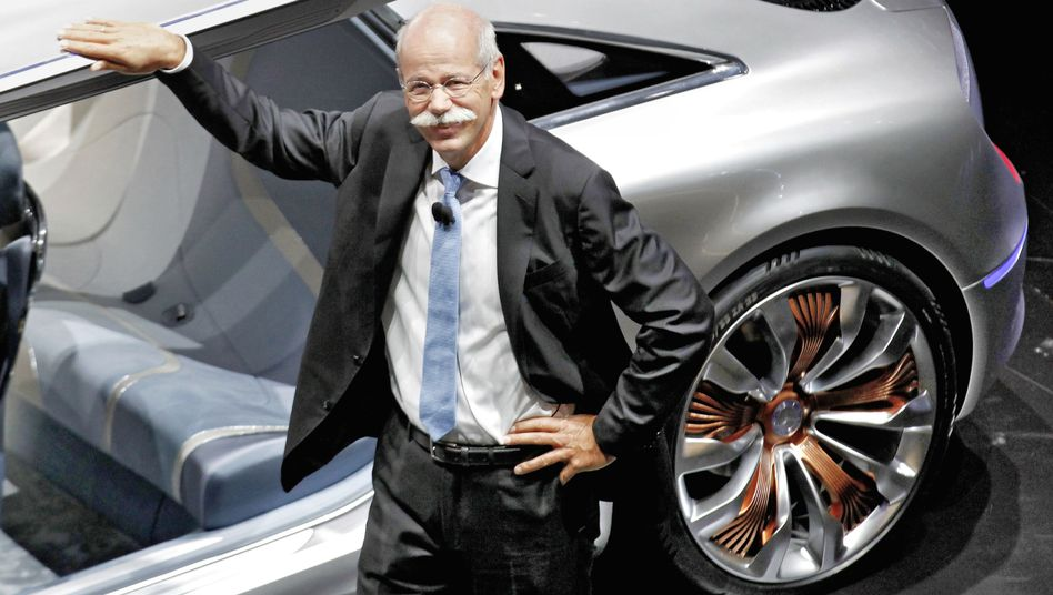 Can CEO Dieter Zetsche make Daimler Germany's top luxury carmaker again?