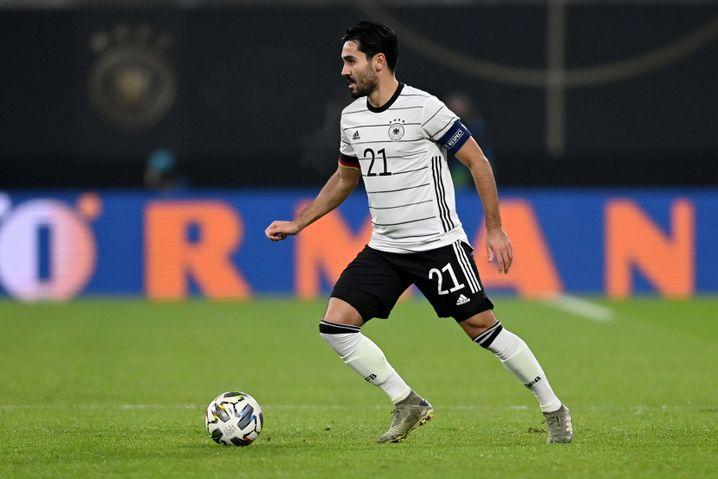 Von Corona genesen, dennoch zur Quarantäne verpflichtet: Fußball-Nationalspieler Ilkay Gündogan