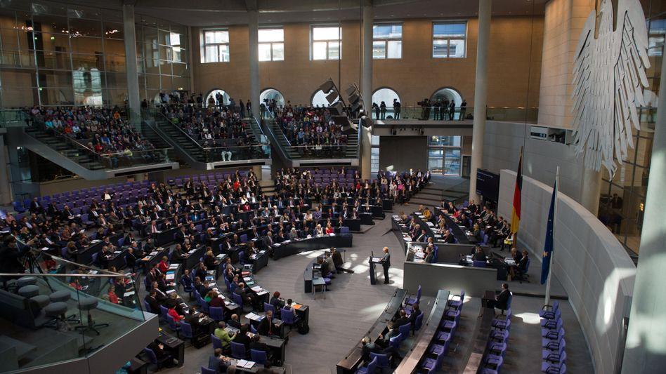 Plenarsaal des Bundestags: Kein Trainingscamp der Wirtschaft