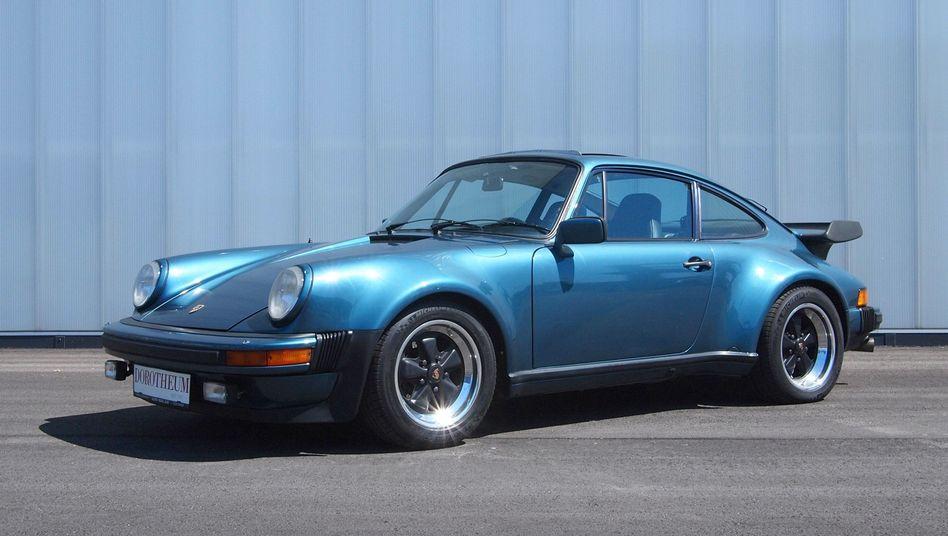 Porsche-Oldtimer (Symbolbild): Lieber Vollkasko oder Teilkasko?