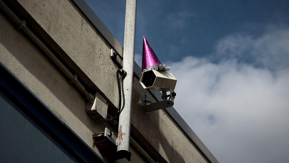 """Kunstaktion in Utrecht: """"Orwell kommt uns näher und näher"""""""