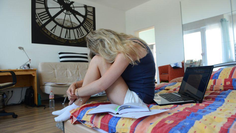 Prüfungen, Nebenjob, Zukunftssorgen: Viele Studenten leiden