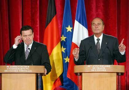 Schulterschluss in Sachen Krieg: Kanzler Schröder und Staatschef Chirac