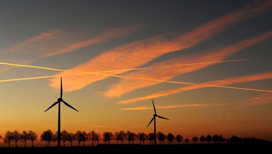 Windkraftanlagen lassen sich nicht beliebig dicht bauen, sonst nehmen sich gegenseitig den Wind weg