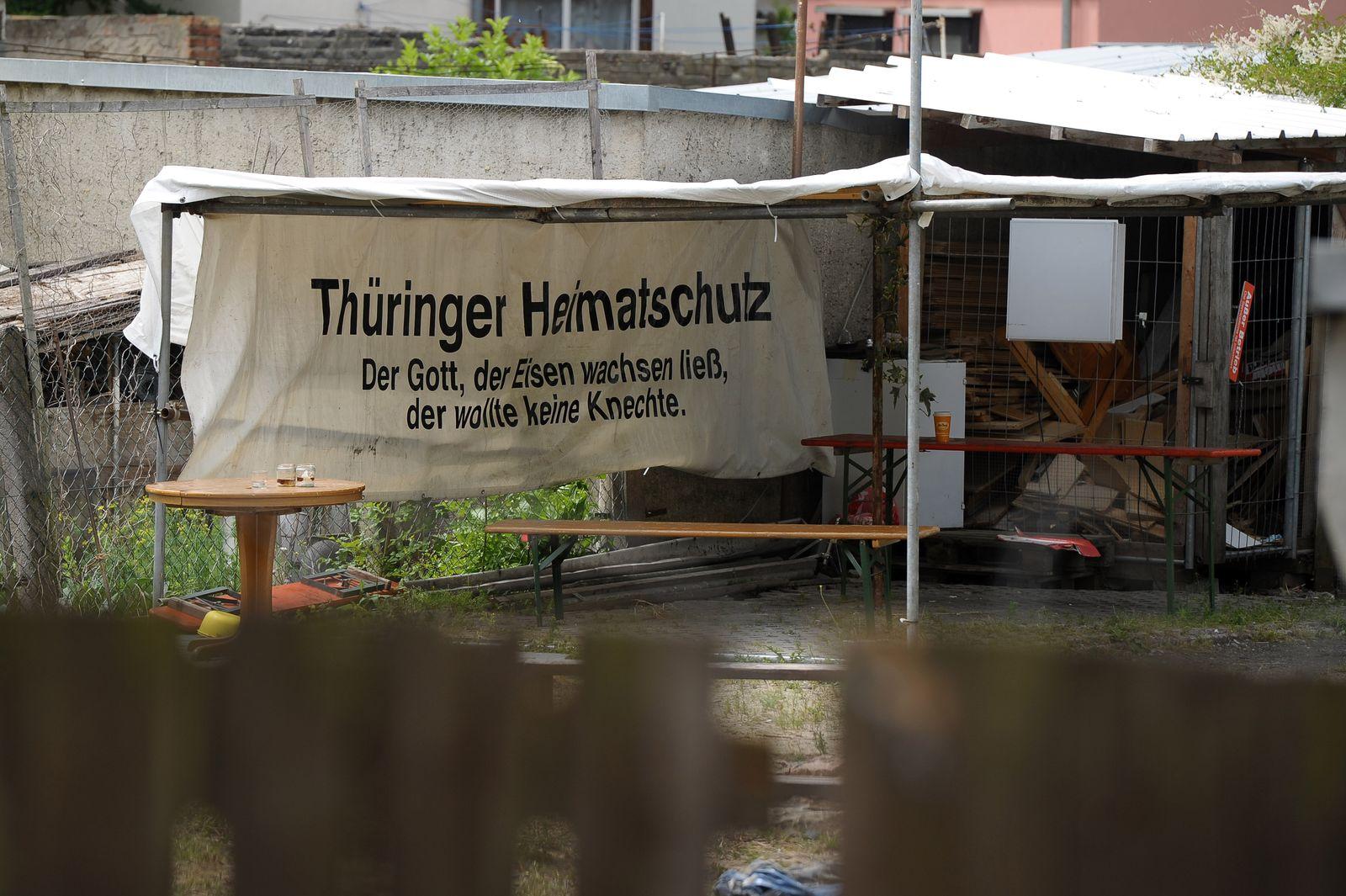 NICHT VERWENDEN Razzia gegen Neonazis in Thueringen/ Heimatschutz