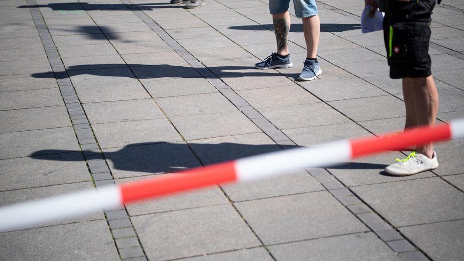 Demonstration gegen Corona-Auflagen in Stuttgart, unter Einhaltung der Corona-Abstandsauflagen (Archivbild)