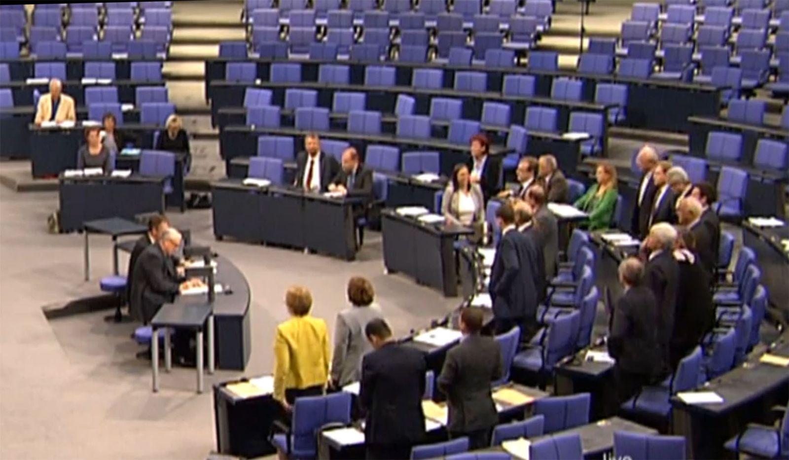 NICHT VERWENDEN Bundestag / Meldegesetz