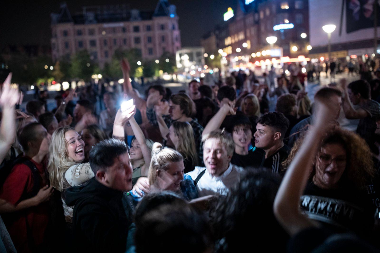 Copenhagen lift covid19 restrictions by lars just 012
