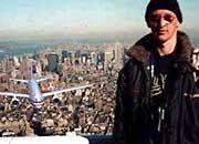 """Berühmt-berüchtigt: Die Bilder des """"Tourist-Guy"""" gingen 2001 um die Welt"""