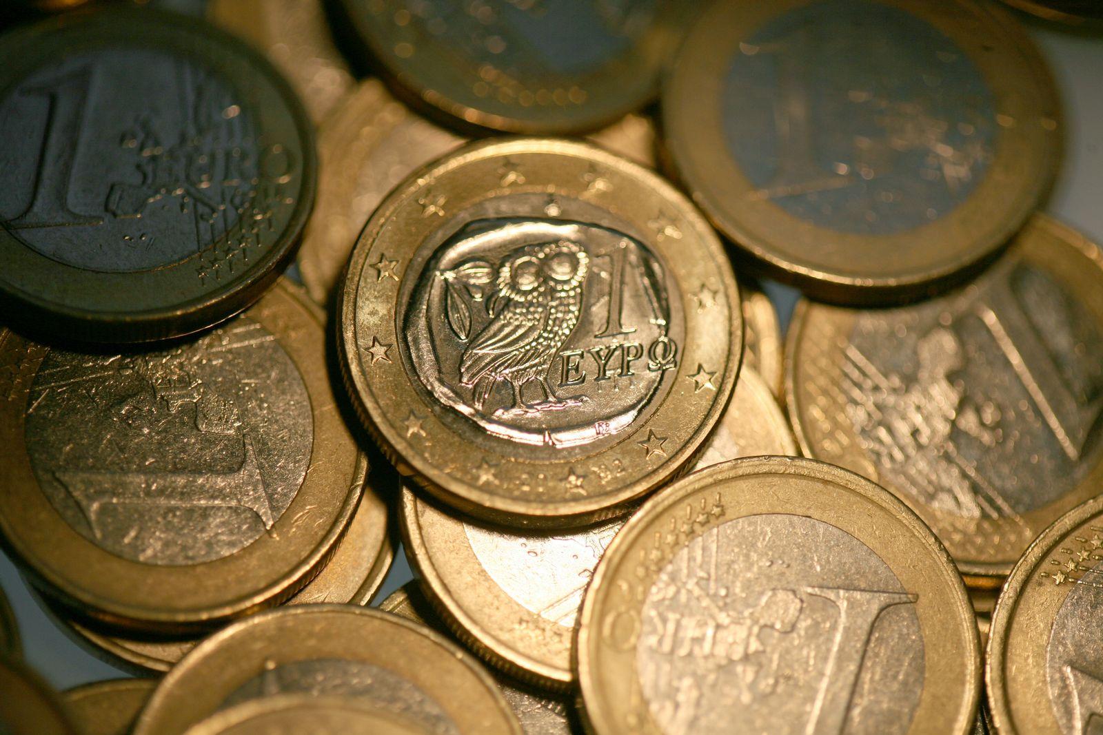 EU nimmt Schuldensünder Griechenland an die Kandare
