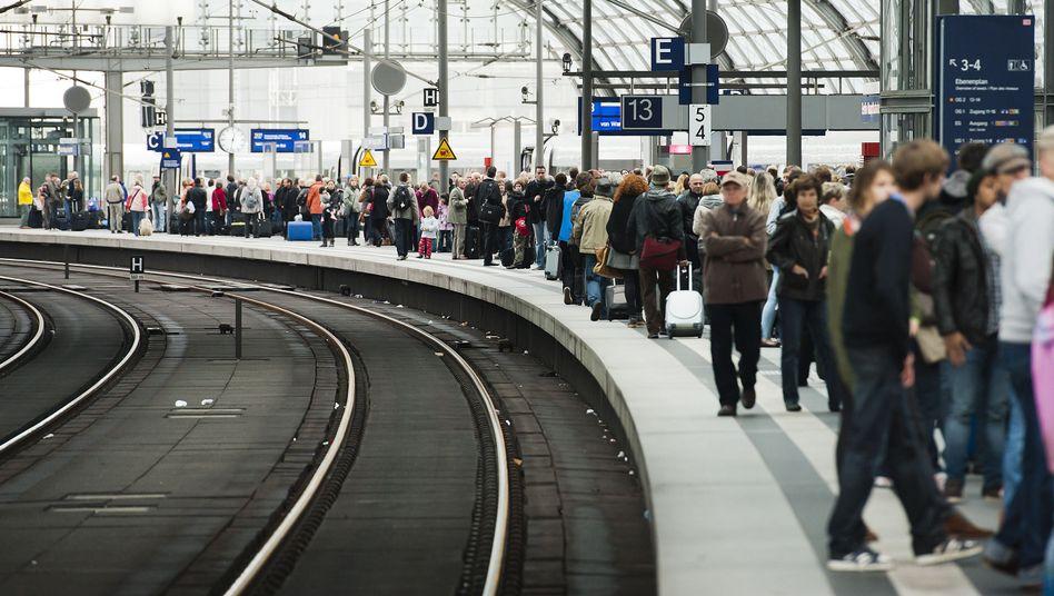 Berliner Hauptbahnhof: Züge gen Hamburg und Hannover brauchen derzeit länger
