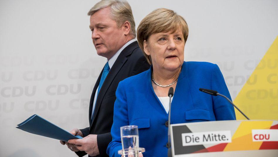 Kanzlerin Angela Merkel neben Bernd Althusmann, CDU-Spitzenkandidat in Niedersachsen
