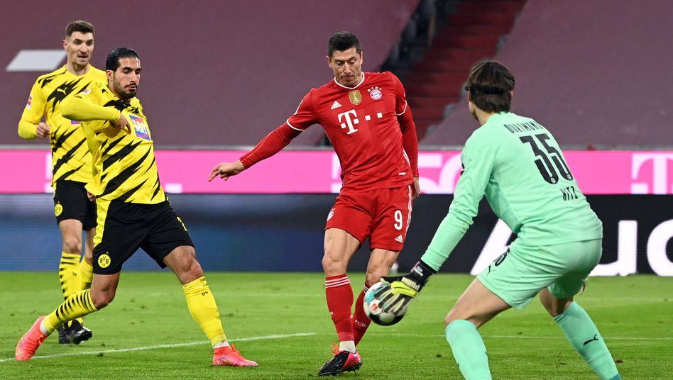 Robert Lewandowski traf dreimal für die Bayern
