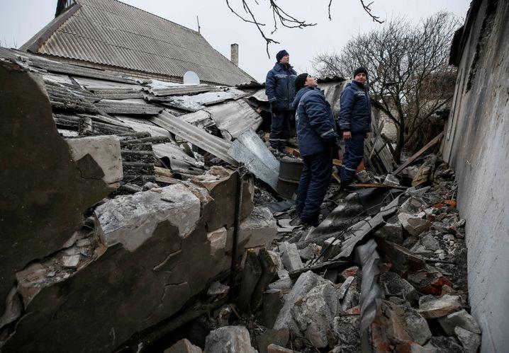 Zerstörtes Gebäude in Awdiyiwka: Mehr als fünf Jahre Kämpfe
