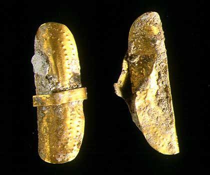 Schmuck aus dem Grab: Älteste in Großbritannien gefundene Goldobjekte