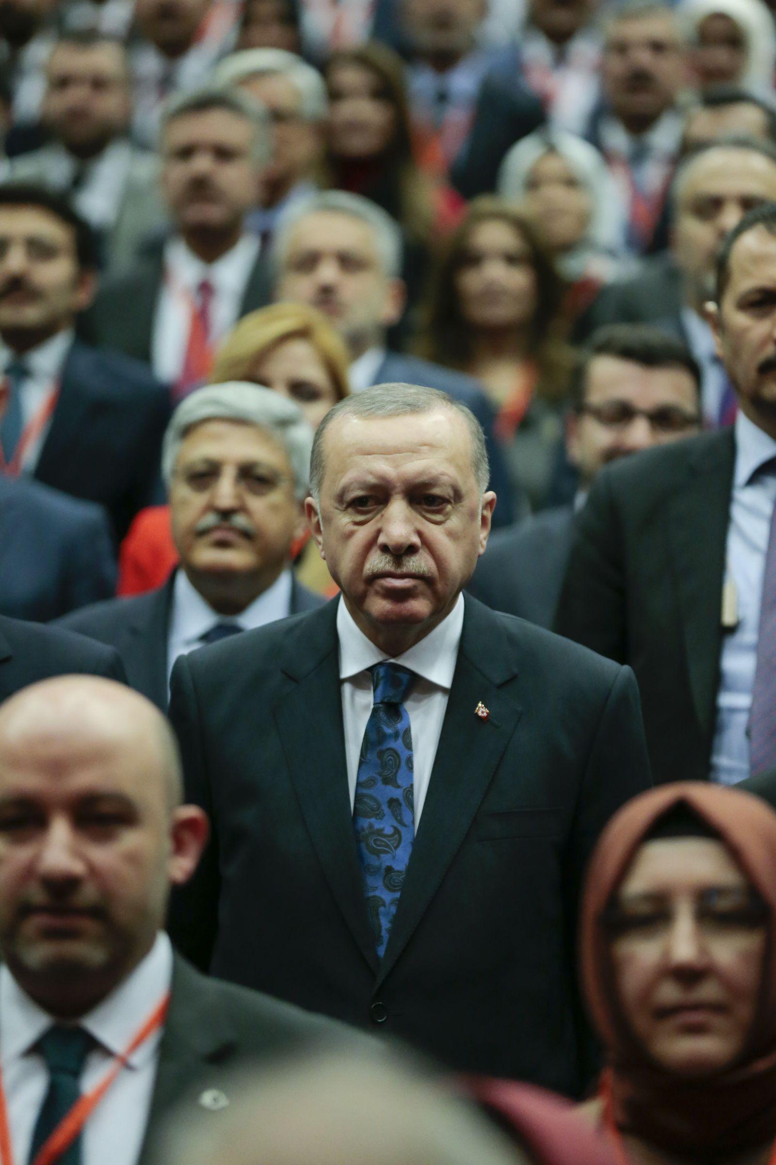 EINMALIGE VERWENDUNG Plus 2/2020 Erdogan S.70