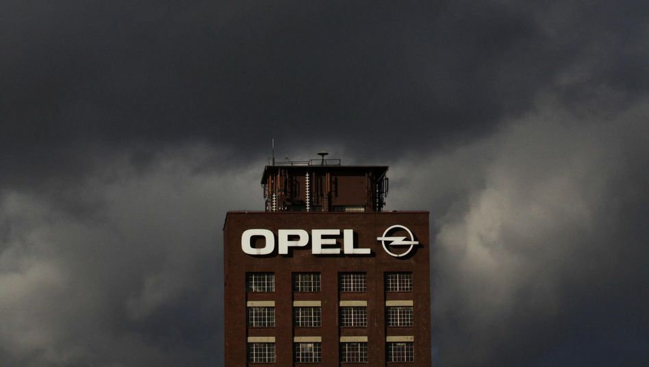 Opel-Werk in Rüsselsheim: Zukunft des Standorts zunehmend gefährdet