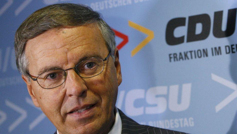 """CDU-Mann Bosbach: """"Kein Systemversagen"""" bei Bundesbehörden"""