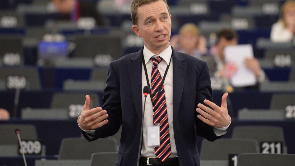 Lucke im Europäischen Parlament: Jahrelang die Wähler irregeführt