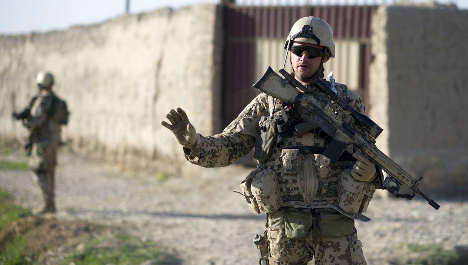 Bundeswehrsoldaten nahe Char Dara in Afghanistan: Auf der Suche nach Sprengfallen
