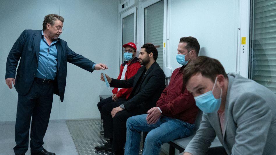 Szene aus »Nachtschicht« mit Armin Rohde: Hygienisch einwandfreie Ermittlungen
