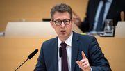 CSU-Generalsekretär Blume wirft Justizministerin Lambrecht Untätigkeit vor