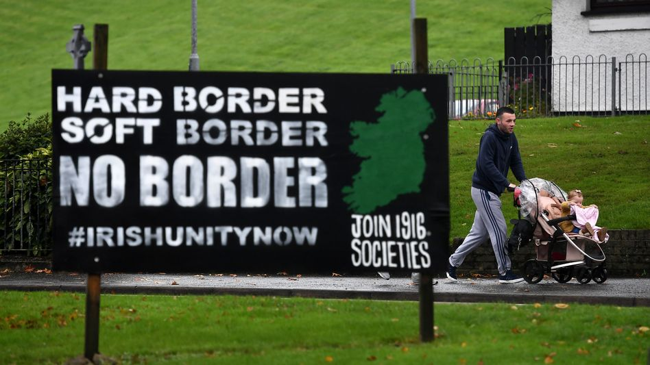 Straßenszene in Londonderry. Grenzfragen sind in Nordirland immer auch Schicksalsfragen.