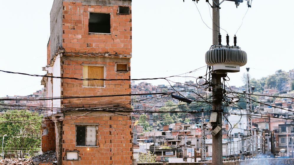 Fotoprojekt in Rios Armenvierteln: Fackeln in den Favelas