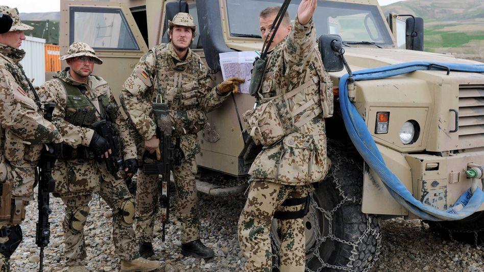 Bundeswehrsoldaten im Feldlager Feisabad: Wie gravierend sind die Ausrüstungsmängel?