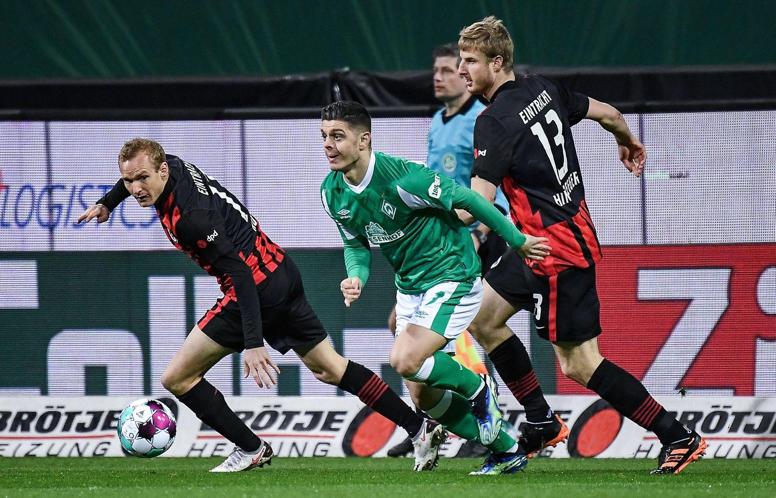 26.02.2021, xjhx, Fussball 1.Bundesliga, SV Werder Bremen - Eintracht Frankfurt emspor, v.l. Sebastian Rode (Eintracht