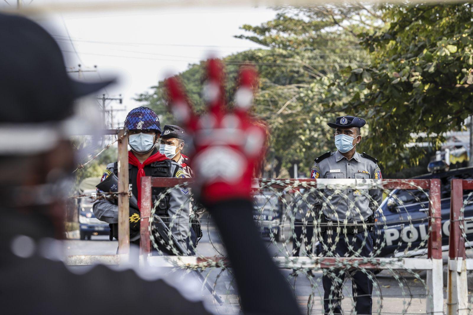 Protest against military coup in Yangon, Myanmar - 16 Feb 2021