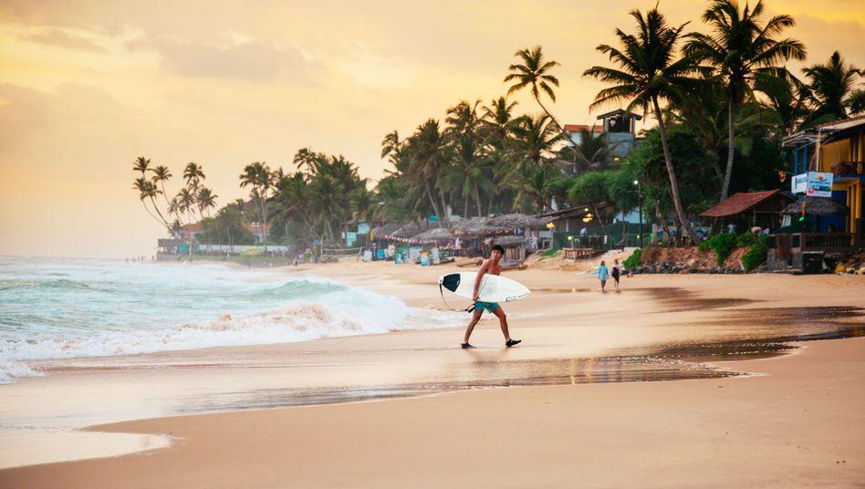 Surferstrand Narigama, rund hundert Kilometer südlich von Colombo