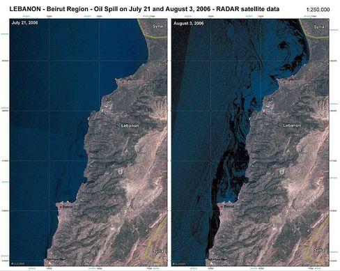 Satellitenbild: Ausbreitung des Ölteppichs am 21. Juli und am 3. August
