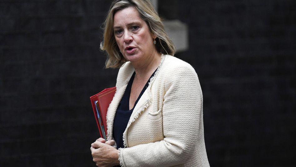 """Arbeitsministerin Amber Rudd: """"Ich kann diesen politischen Vandalismus nicht mittragen"""""""