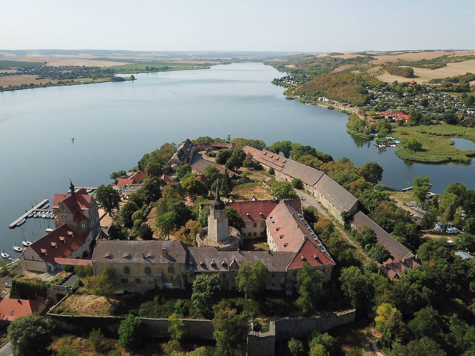 22 08 2018 Schloß Seeburg Mansfelder Land Süßer See Sachsen Anhalt Schloss Tourismus Luftaufnahme St