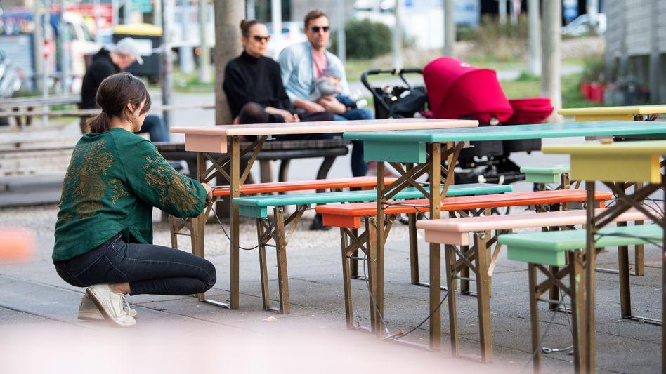 Leere Cafés, eingeschränkter Betrieb: Die Gastronomie leidet noch immer unter der Coronakrise.