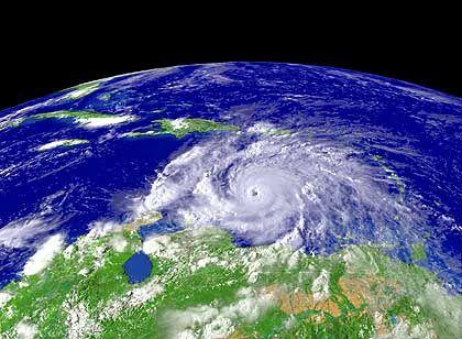 """""""Ivan"""" auf einem Satellitenbild: Schlimmer als sein Vorgänger """"Frances"""""""