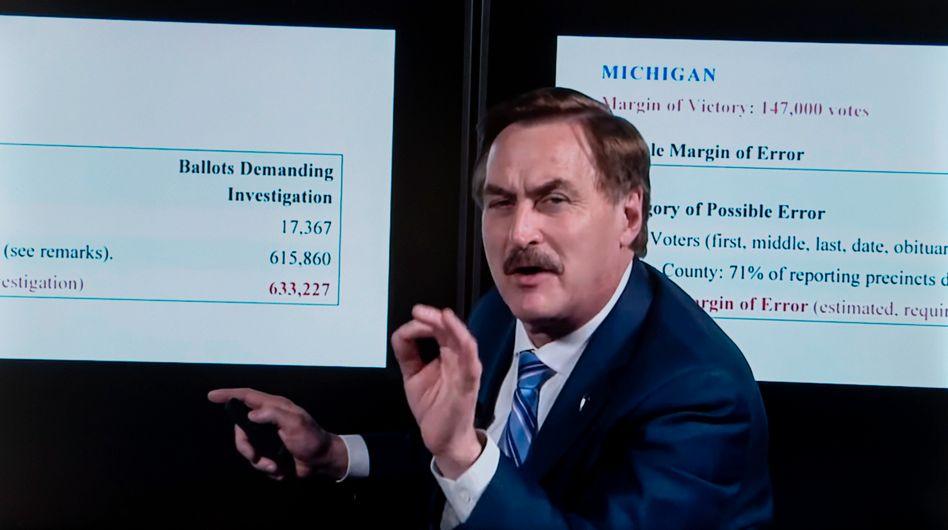 My-Pillow-Chef Mike Lindell in einem selbst produzierten Verschw??rungsvideo