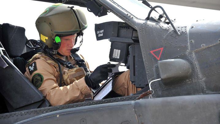 Prinz Apache: Royaler Sprössling Harry im Helikopter