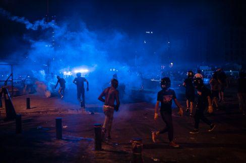 Gewaltsame Straßenproteste in Beirut