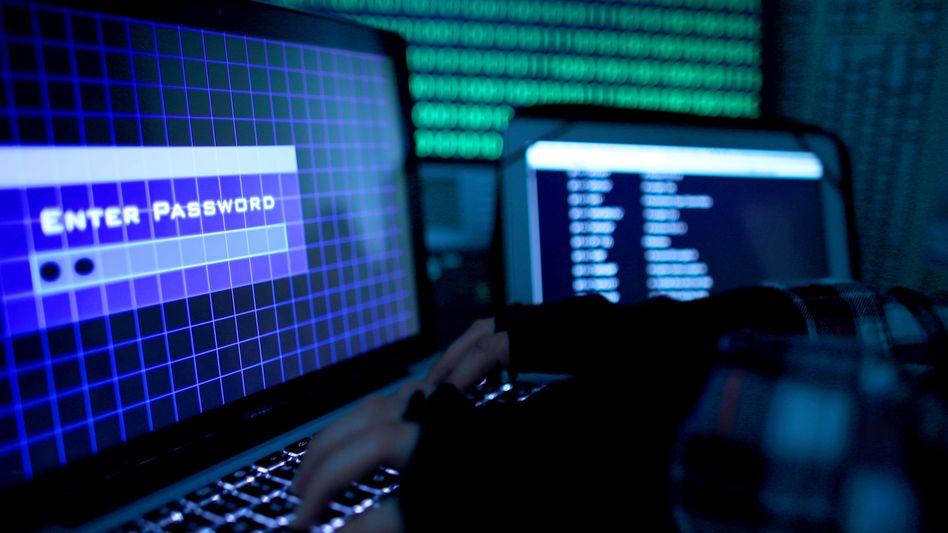 Passwort auf einem Laptop (Symbolbild): Alte PC im Visier der Kriminellen