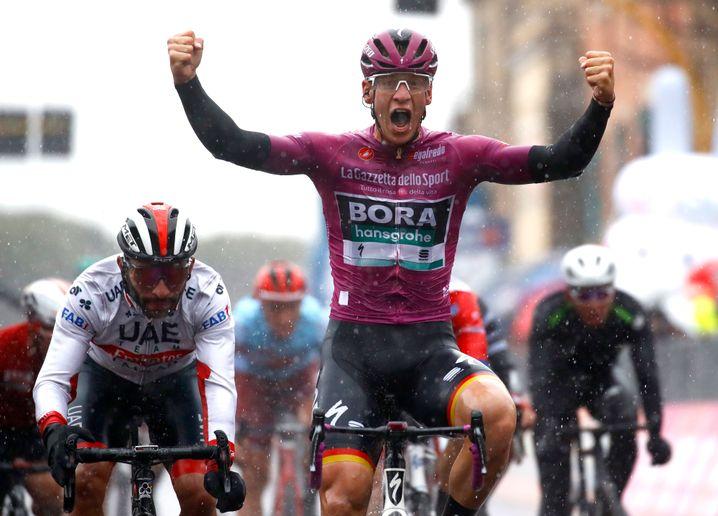Ackermann nach seinem Sprint-Sieg auf der fünften Giro-Etappe