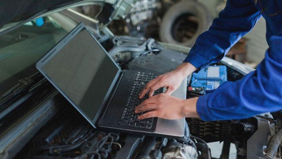 Programmierung von Auto-Software: Hacker brauchen nur ein paar Minuten