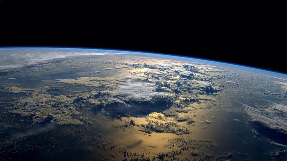 Blick aus dem All auf die Erde (Archivbild)