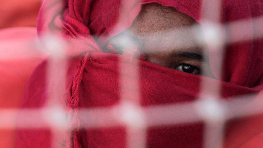 Photo Gallery: Fleeing from North Africa
